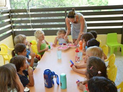 lesptitsmounes-primaryschool-lapreneuse